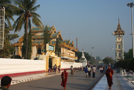 Mandalay Mandalay Mahamuni Paya (Pagode)   0520_5246.jpg