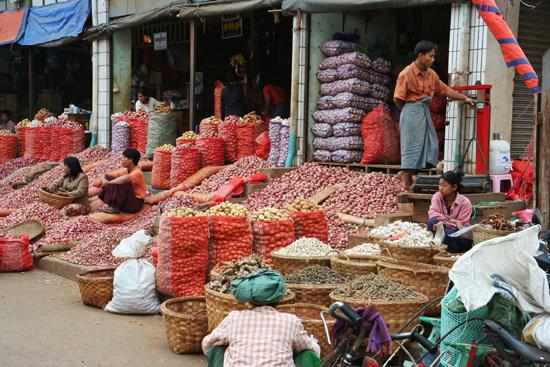 Mandalay Mandalay Groentemarkt   0770_5556.jpg
