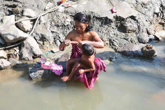 Mingun Irrawady River   0800_5100.jpg