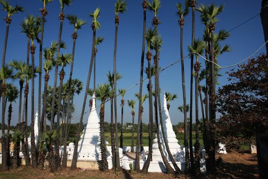 Ava Ava Teakhouten Bagaya Kyaung monastery klooster (1834)   1110_5441.jpg