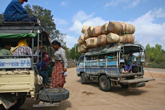 Bagan1 Lokaal vervoer   1700_5957.jpg