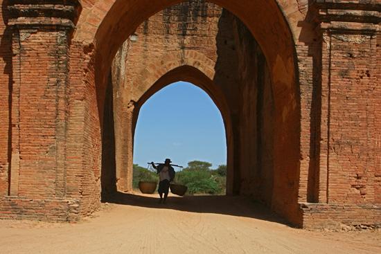 Bagan1 Bagan Dhamma Yan Gyi Pahto (ca. 1200)   1930_6090.jpg