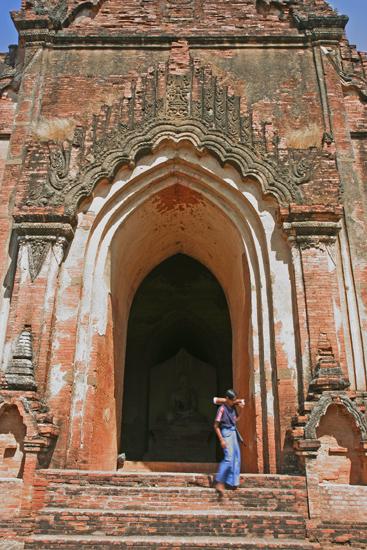 Bagan1 Bagan Gu Byauk Gyi Paya (12e eeuw)   1940_6099.jpg
