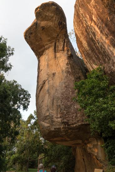 Sigiriya Leeuwenrots Merkwaardig gevormde rotspunt-2660