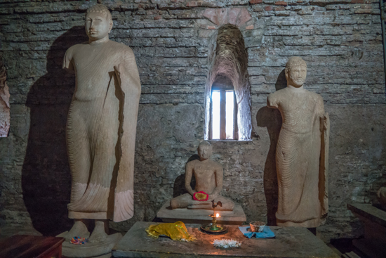 Polonnaruwa Ancient city-2990