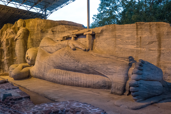 Polonnaruwa Gal-Vihare-3120