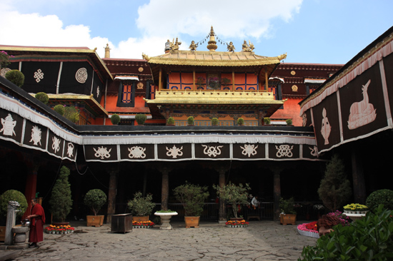 Jokhang tempel in Lhasa-1000